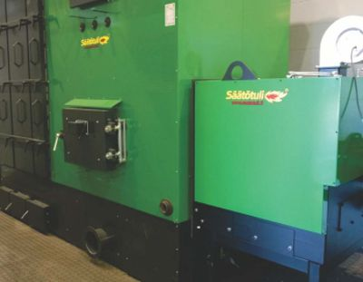 Hot water biomass boilers