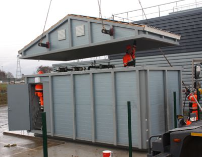Installing the roof of the boiler room container